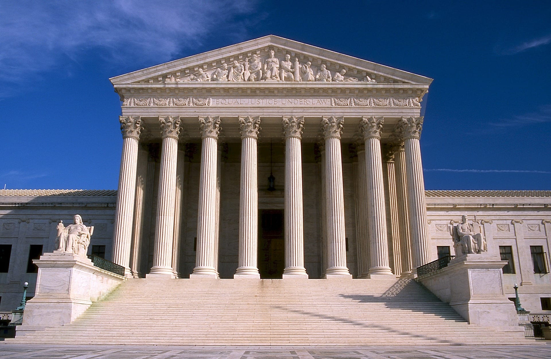 United States Supreme Court building. Our Tennessee Civil Rights lawyers have the experience to handle your important case.