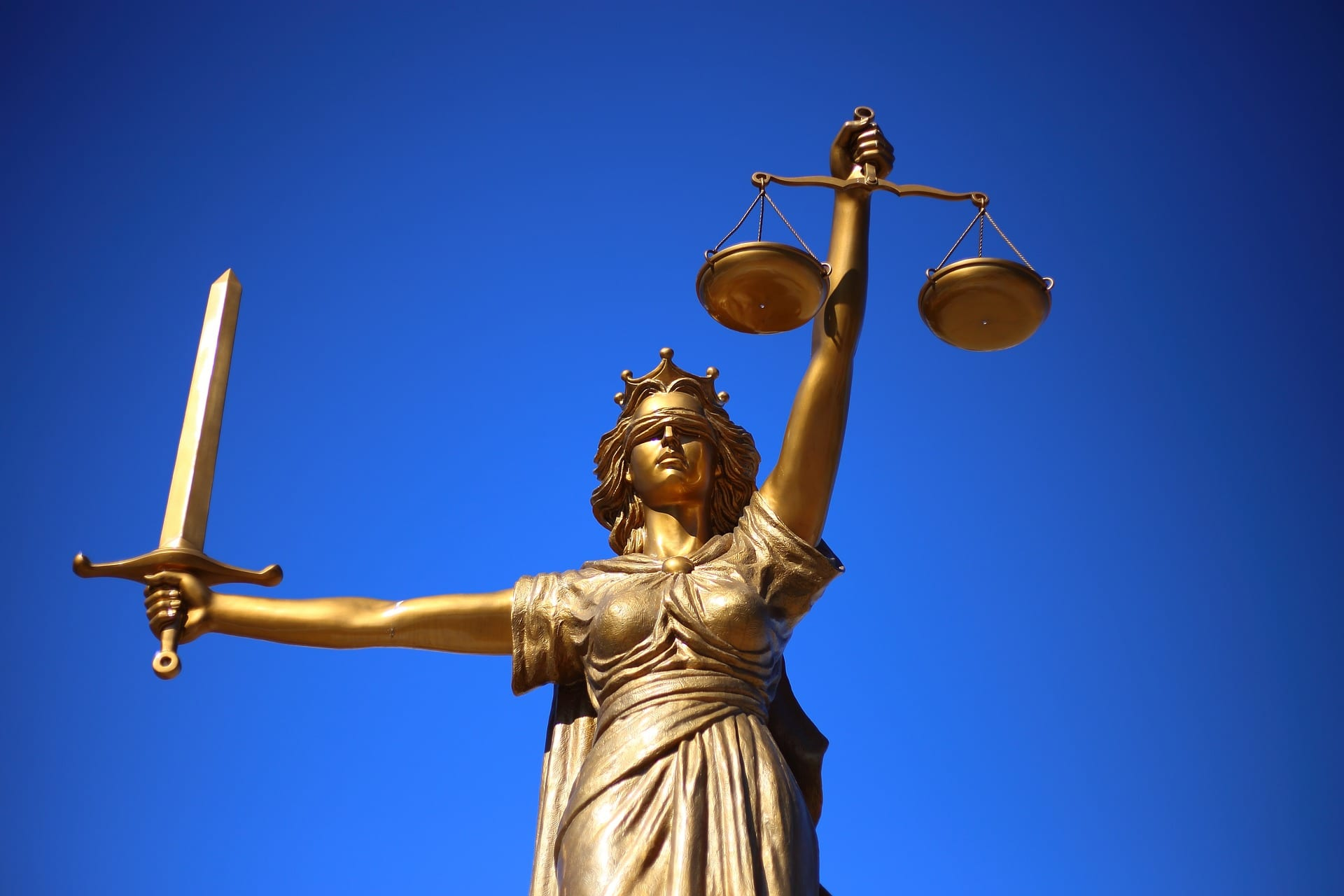 the scales of justice. a sexual harassment lawsuit in nashville will proceed.